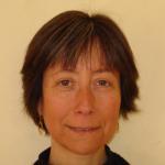 """Hélène Sarraseca, co-fondatrice d'Antidote-Europe, auteure de nombreux articles de vulgarisation publiés sur notre site et sur d'autres supports de communication. Elle est aussi conférencière pour le compte de notre association. Diplômée en neurosciences, elle est auteure du livre """"Animaux cobayes et victimes humaines"""" (éd. Dangles, 2006)."""